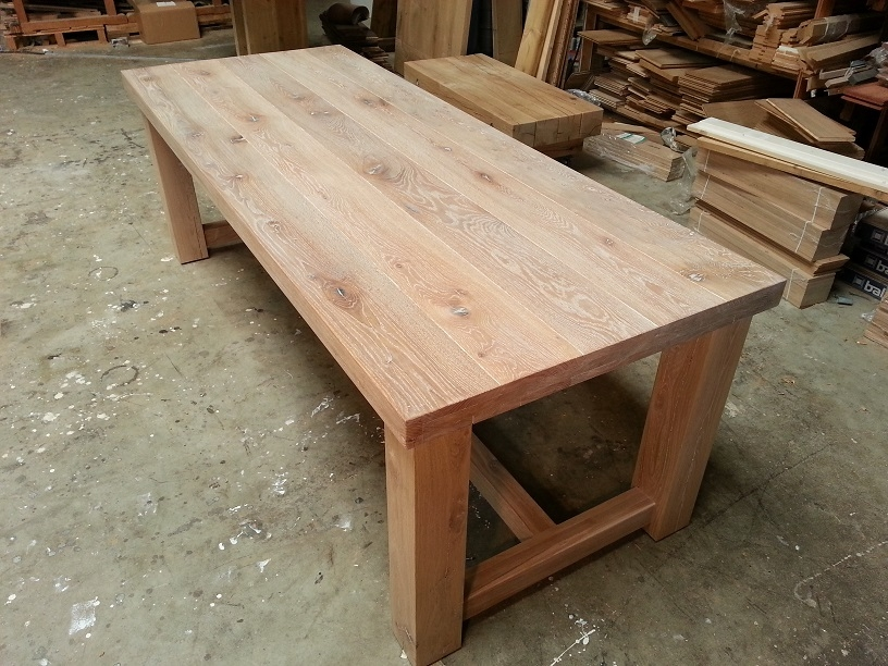 Eiken tafels 3 eiken tafels hout eiken tafels eikenhouten eettafels - Eettafel houten ontwerp ...