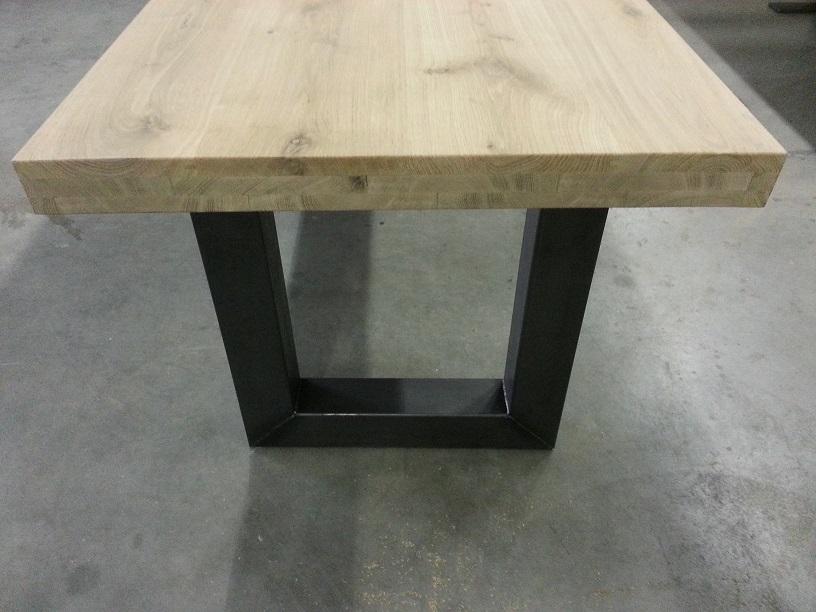 Licht Eiken Eettafel : Eiken tafels: staal 6 eiken tafels staal eiken tafels