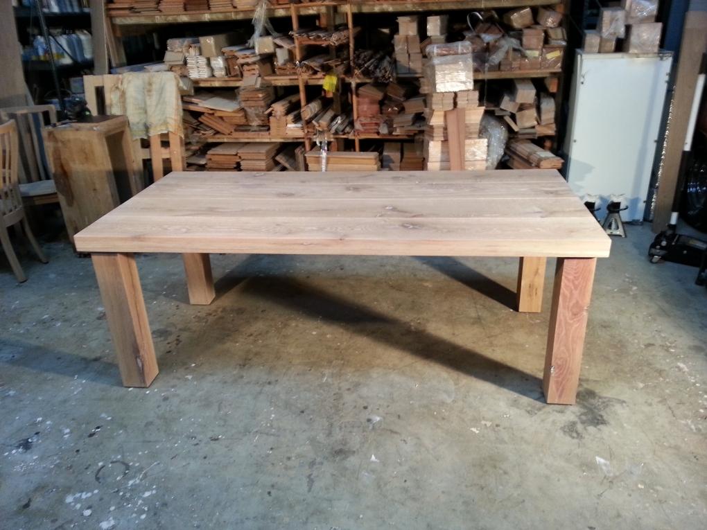 Eiken tafels 17 eiken tafels hout eiken tafels for Eiken tafel